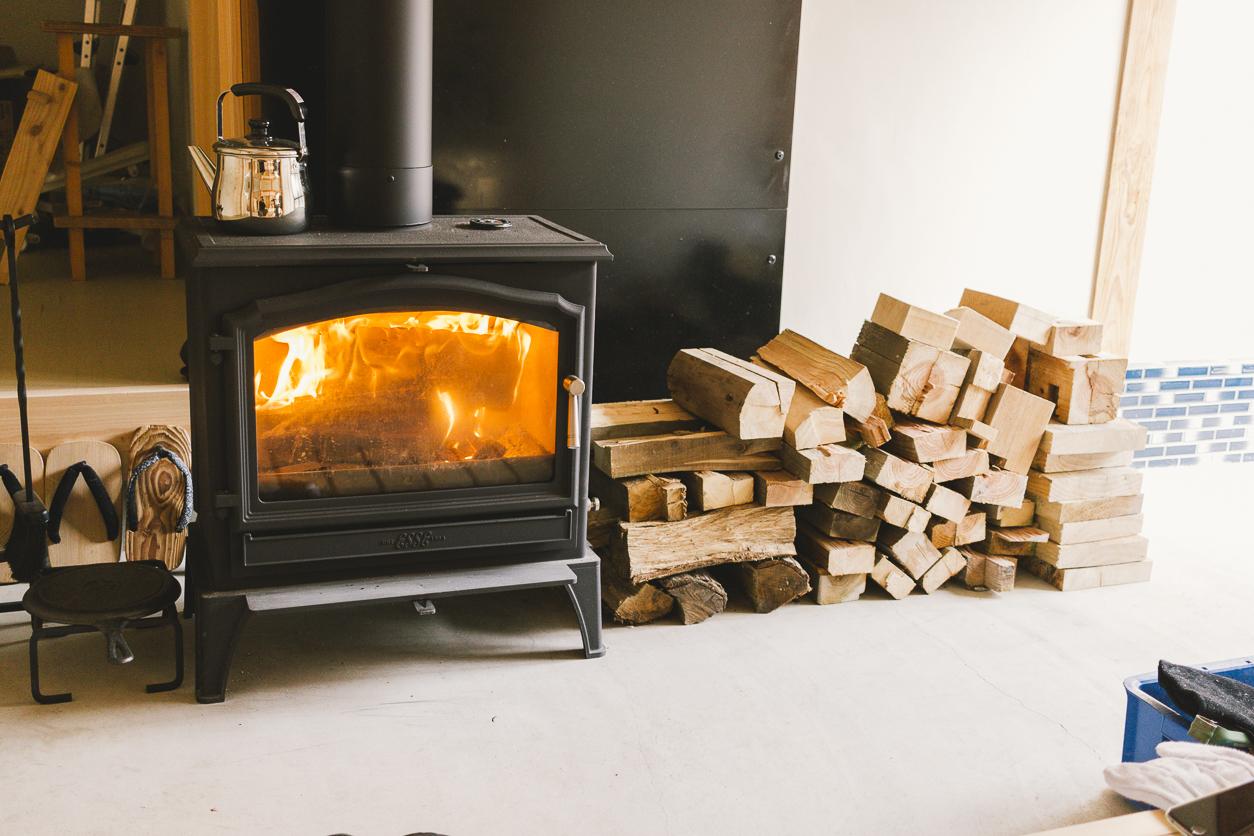 古民家の暖炉